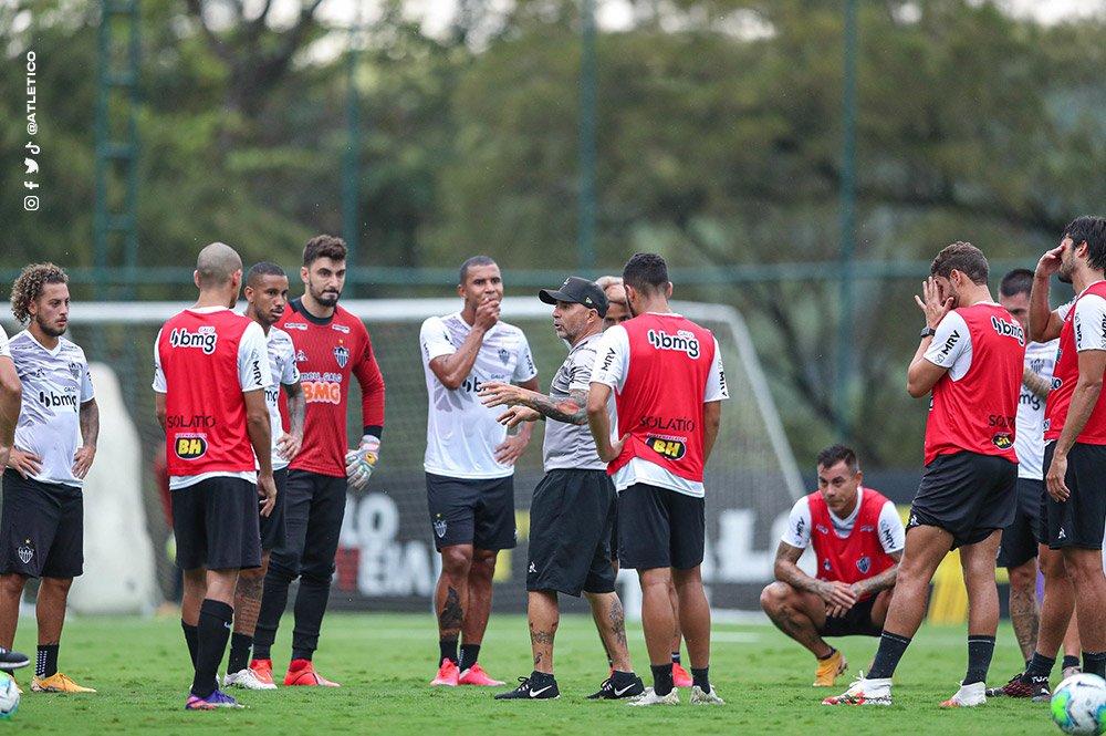 Espora 13 - Atlético - Galo - Atlético-MG - Já pensando na preparação para a Libertadores, Atlético marca jogo treino contra o Bolívar