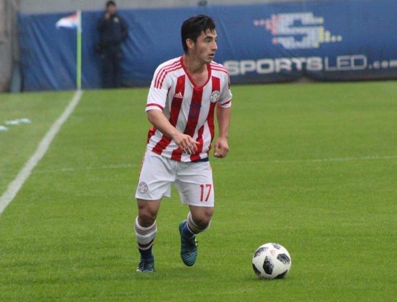 Espora 13 - Atlético - Galo - Atlético-MG - Partiu Cidade do Galo! Atacante Diego Acosta embarca rumo a BH para assinar contrato com o Atlético