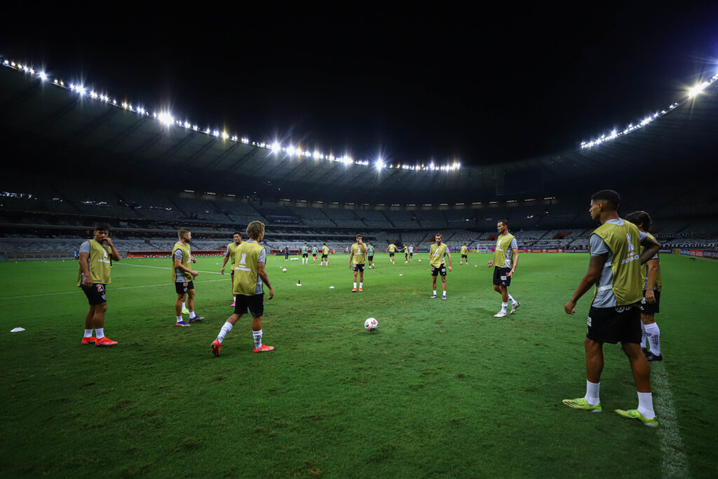 Espora 13 - Atlético - Galo - Atlético - LIbertadores
