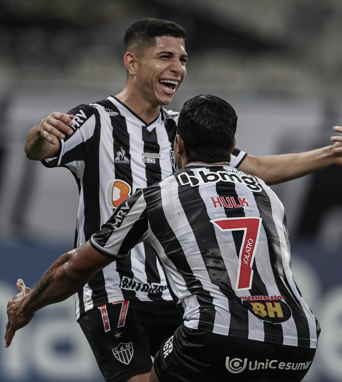 Espora 13 - Atlético - Galo - Atlético-MG - Galo Esmagador! Atlético goleia o Cerro Porteño e assume a liderança do Grupo H da Libertadores
