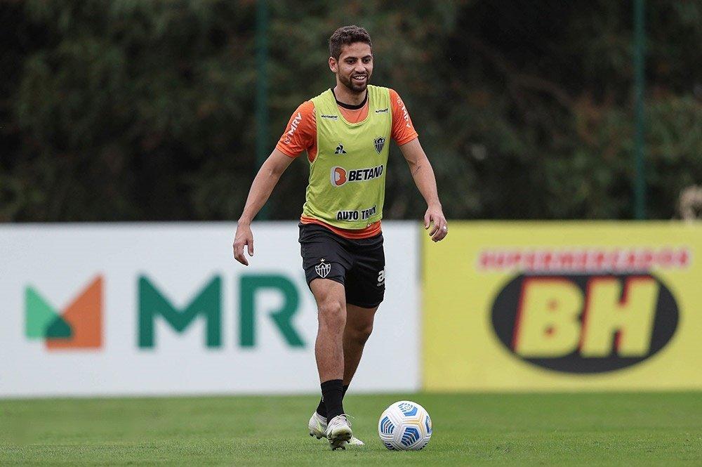 Espora 13 - Atlético - Galo - Atlético-MG - Galo recebe proposta do exterior para venda do zagueiro Gabriel. Atlético e Yokohama do Japão, estão em conversas adiantadas