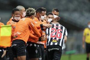 """Espora 13 - Atlético - Galo - Atlético-MG - Em noite argentina, Galo """"baila"""" e goleia xará goianiense"""