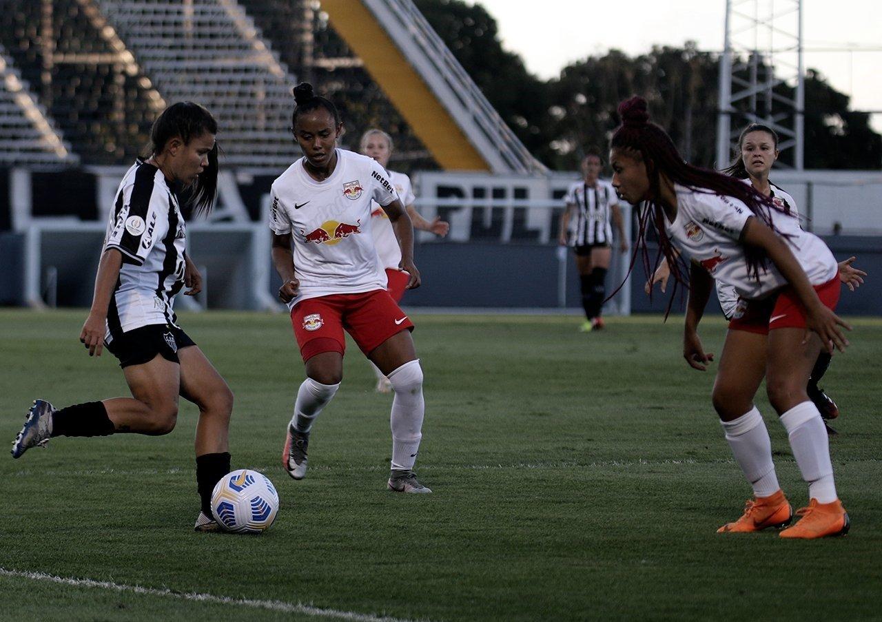 Espora 13 - Atlético - Galo Futebol Feminino - Atlético-MG - Vingadoras - Vingadoras ficam no 0 a 0 contra as jogadoras do Massa Bruta e decisão do Brasileirão Feminino A2 ficou para o Horto